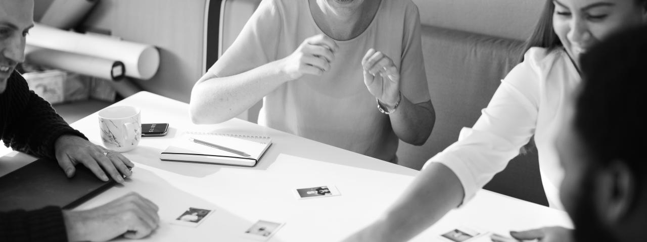 picture desk assistant